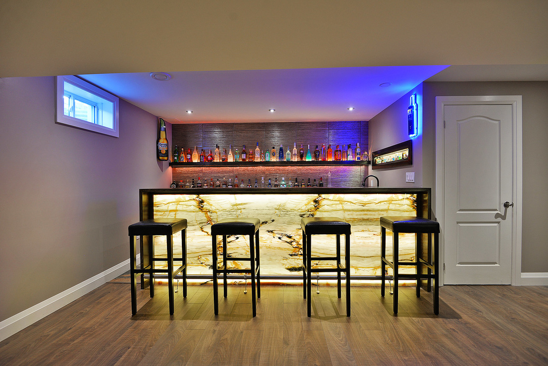 Custom Home Bar Plans